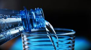 Drink water for belly fat loss